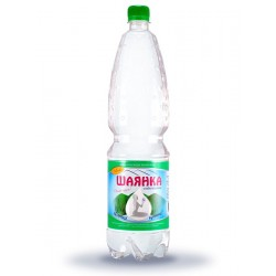 Вода мінеральна Шаянка Шаянські мінеральні води слабогазована 1.5 л